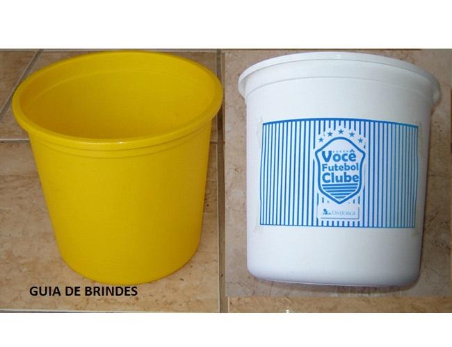 26 - BALDES DE PIPOCA  - BALDES - PIPOQUEIRA
